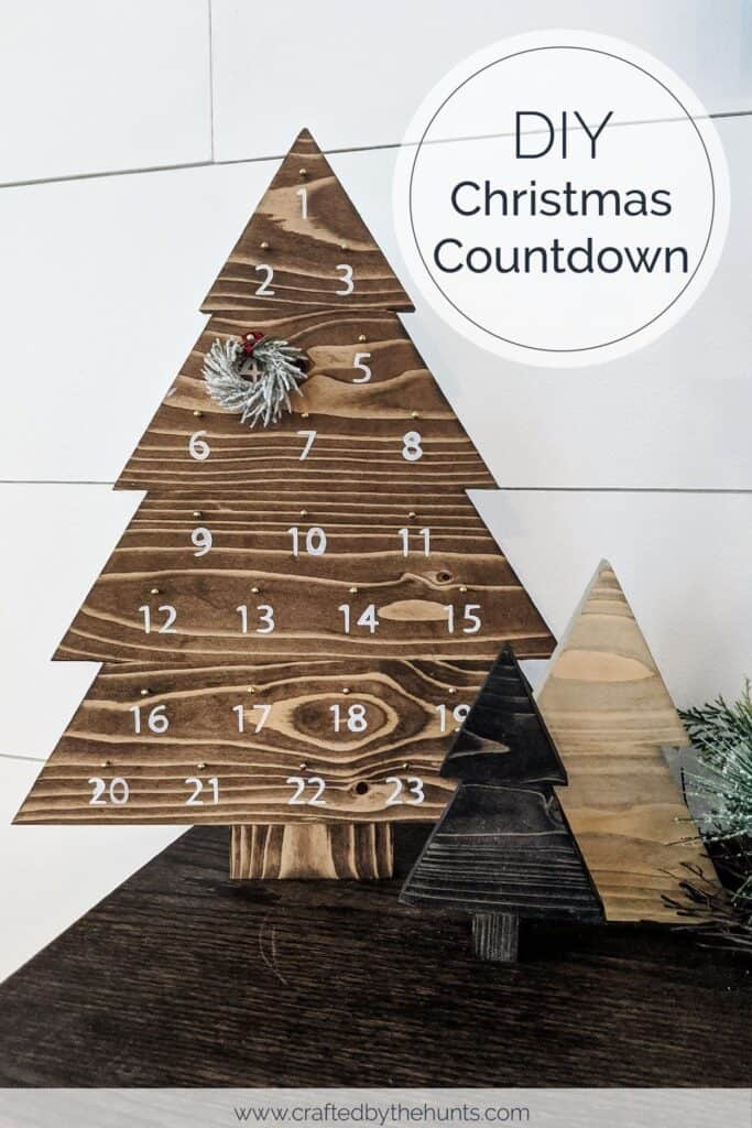 DIY Christmas Countdown in shape of Christmas tree