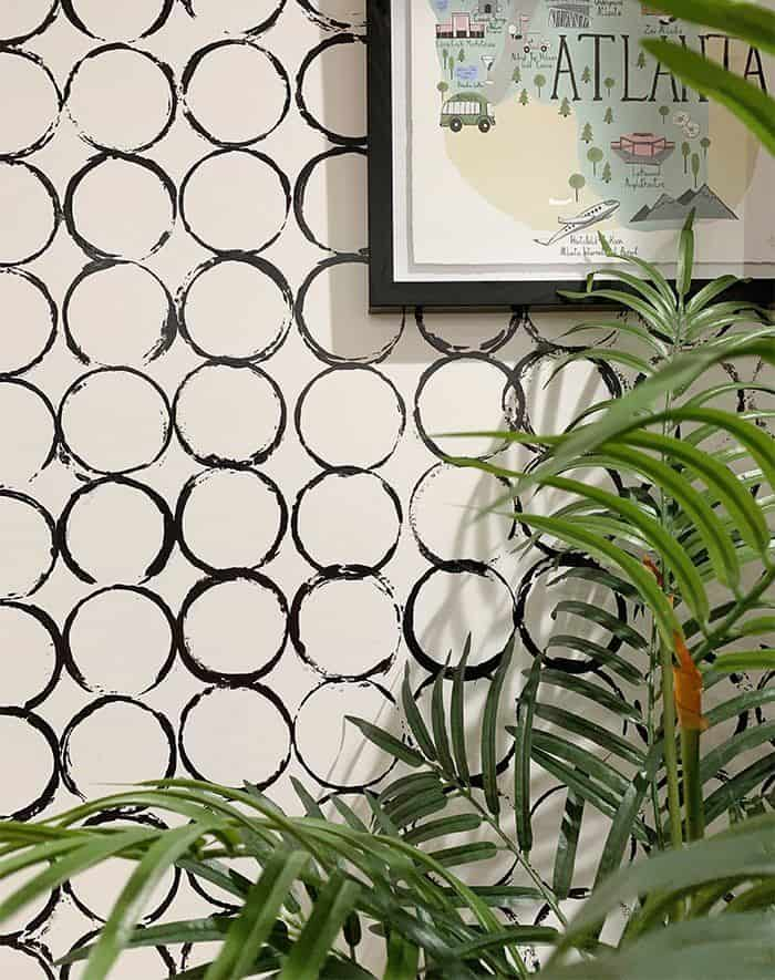 easy patterned wall painting idea