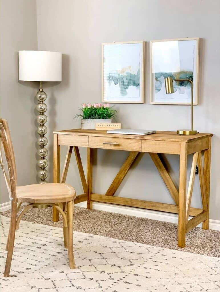 DIY farmhouse desk with drawer