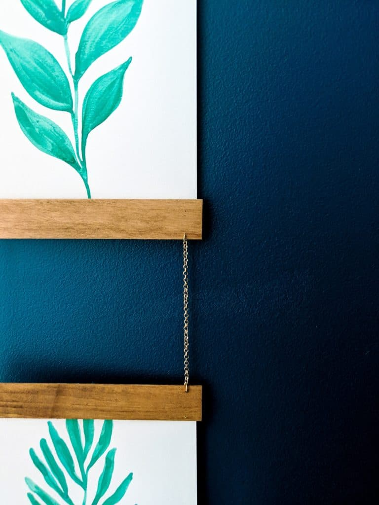 close-up of DIY photo hanger