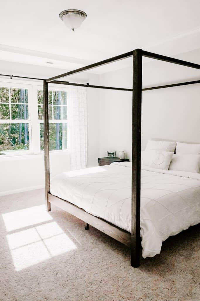 Picture of: Diy Canopy Bed Crafted By The Hunts