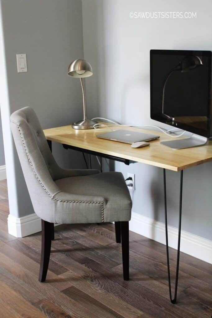 simple wood desk with hairpin legs