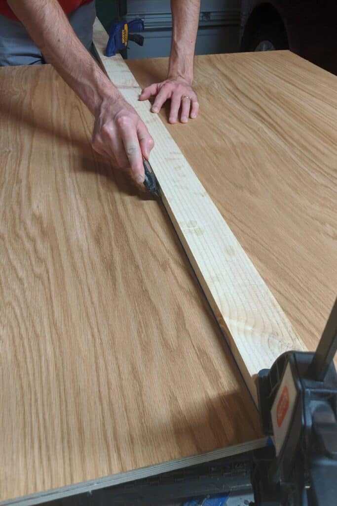 scoring ping pong table top for straight stain lines