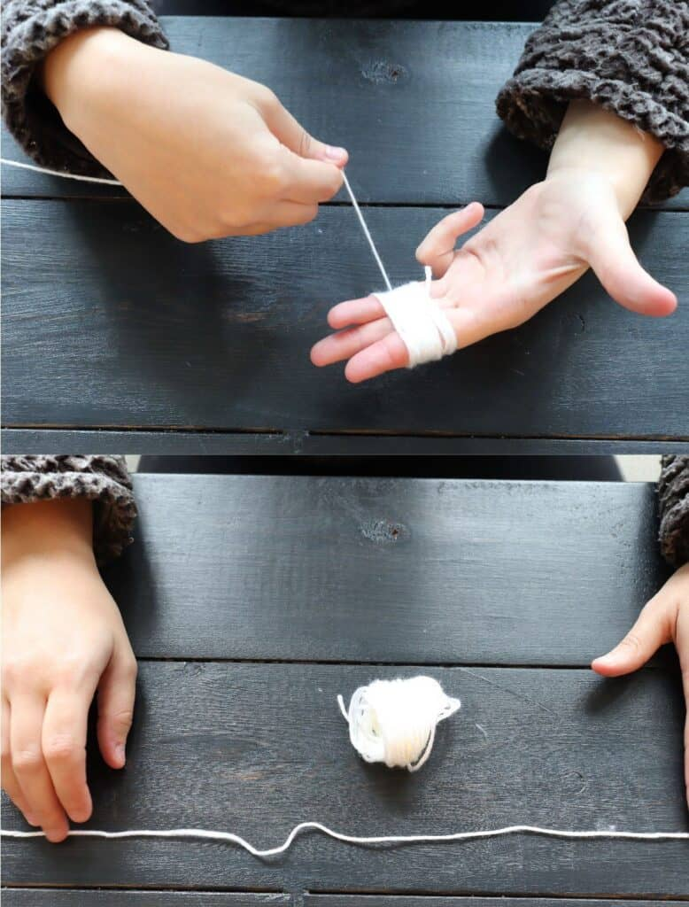 wrapping yarn around fingers