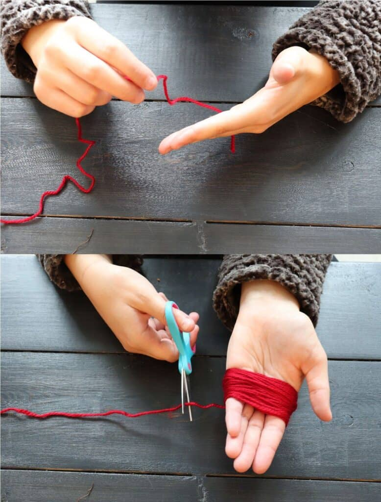 wrapping yarn around hand