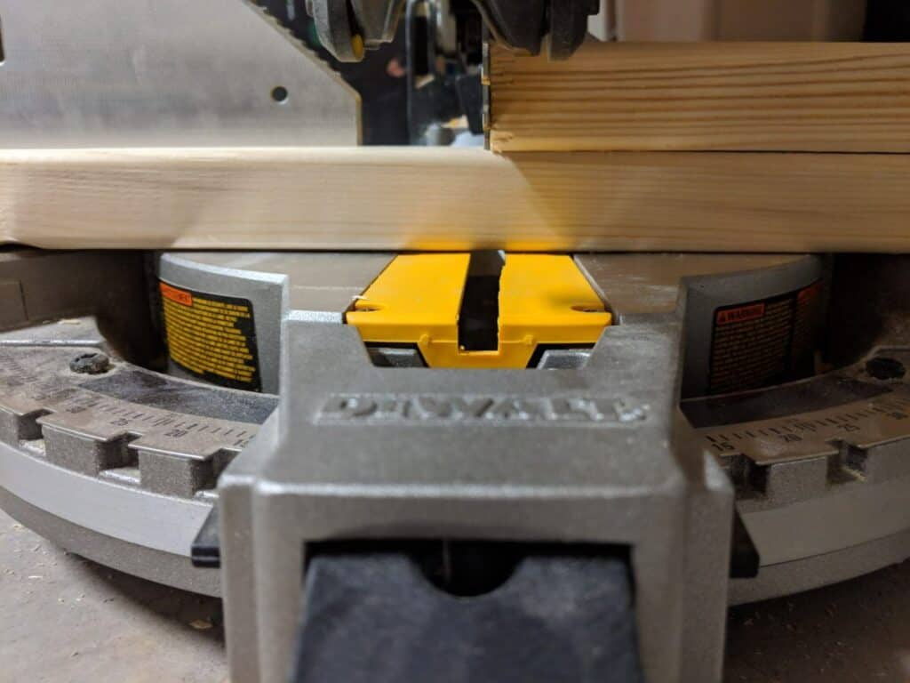 getting exact measurements using a miter saw