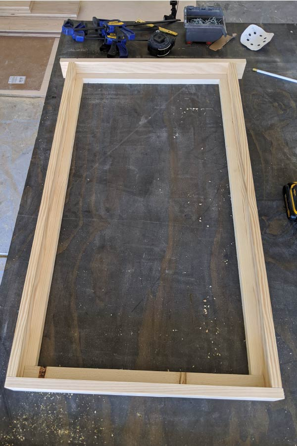 make a frame using 1x3s and dowels