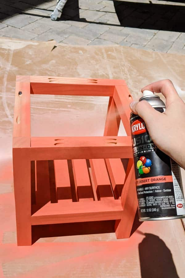 spray painting outdoor wood side table