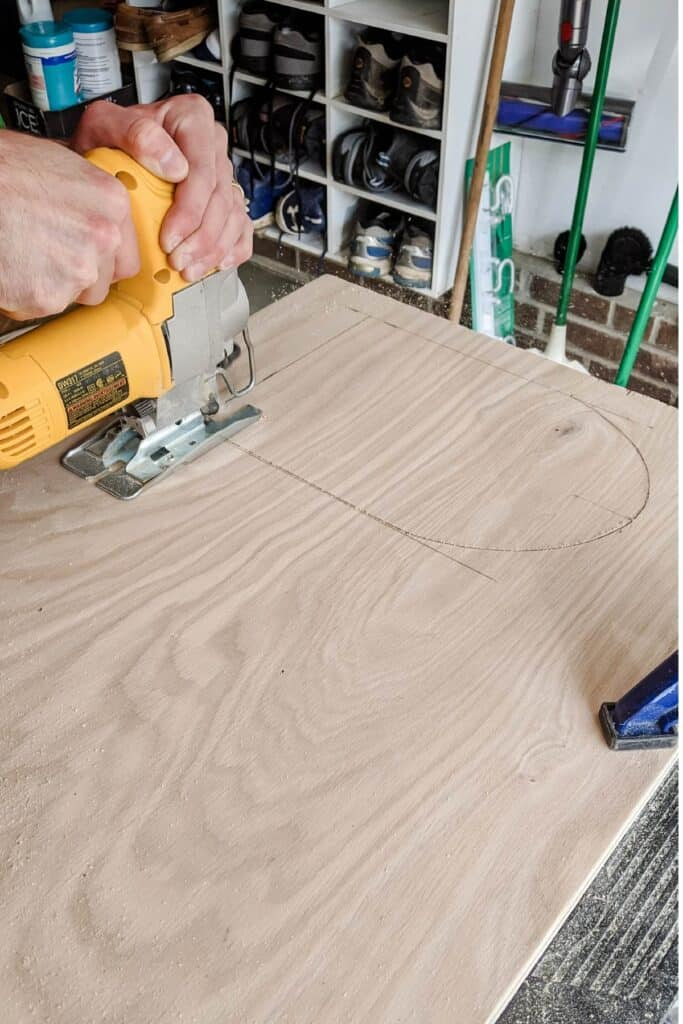 cutting hole out of plywood using jigsaw
